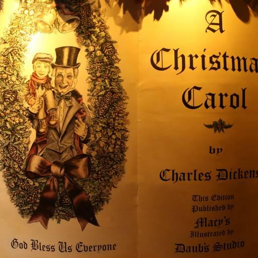 """O livro """"Um conto de Natal"""" de Charles Dickens foi publicado pela primeira vez"""