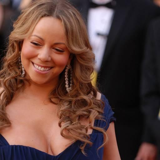 Nasceu a cantora Mariah Carey