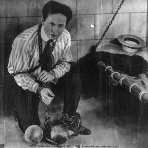 Faleceu o ilusionista Harry Houdini