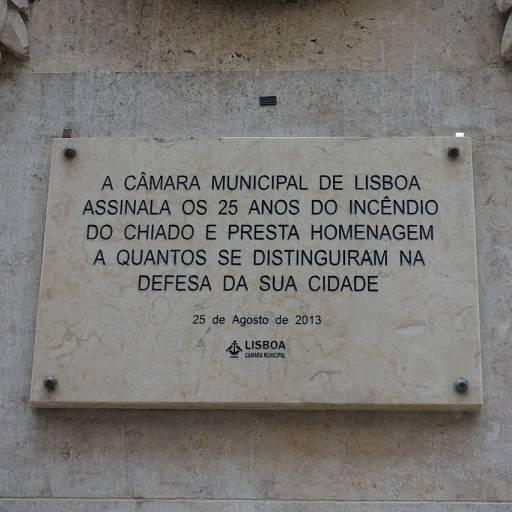 Deflagrou um grande incêndio no centro histórico de Lisboa