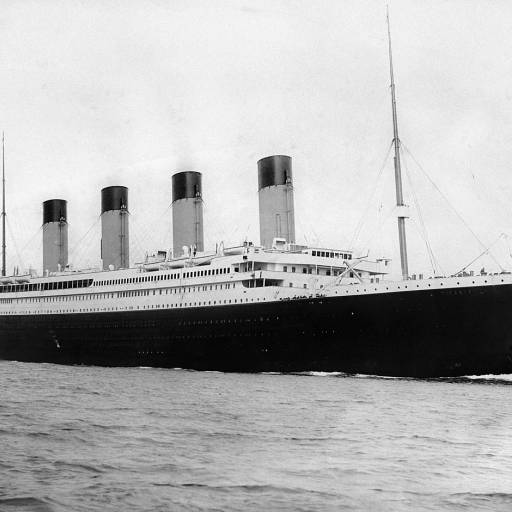 O navio RMS Titanic naufragou