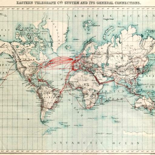 Foi instalado o primeiro de uma série de cabos telegráficos submarinos