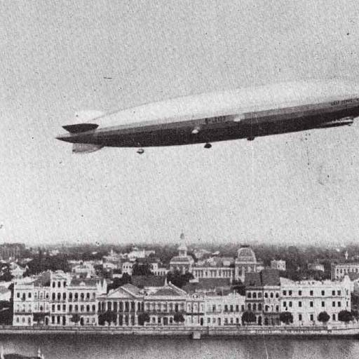 Foram realizados os primeiros testes do dirigível Zeppelin