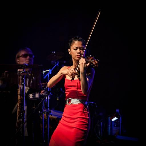Nasceu a violinista Vanessa-Mae