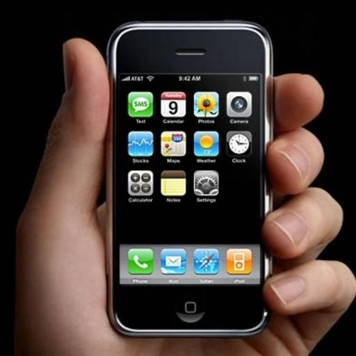 Foi lançado o primeiro iPhone