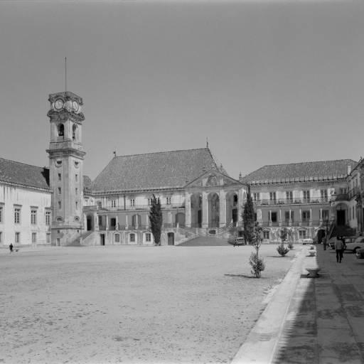 Ocorreu a crise académica nas universidades de Coimbra e Lisboa