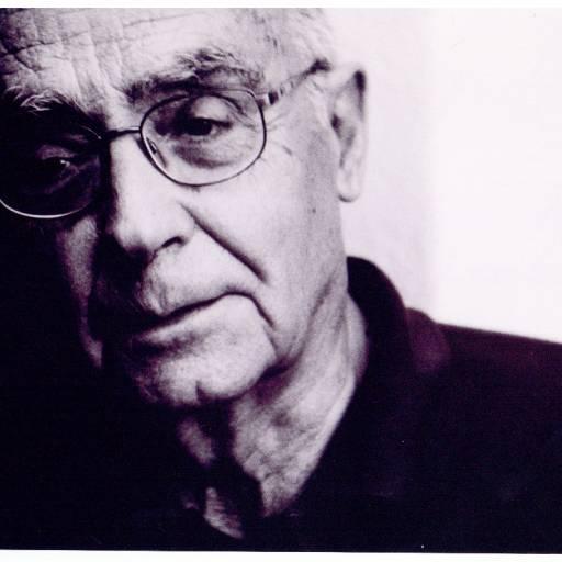 Nasceu o escritor José Saramago