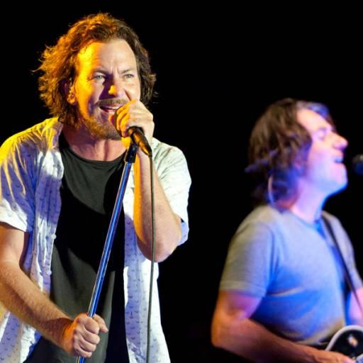Nasceu o cantor e compositor Eddie Vedder