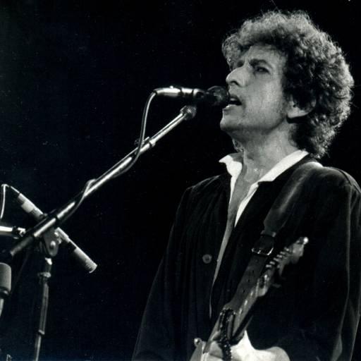 "Bob Dylan gravou o clássico ""Like a Rolling Stone"""