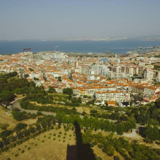 Amadora foi elevada a cidade