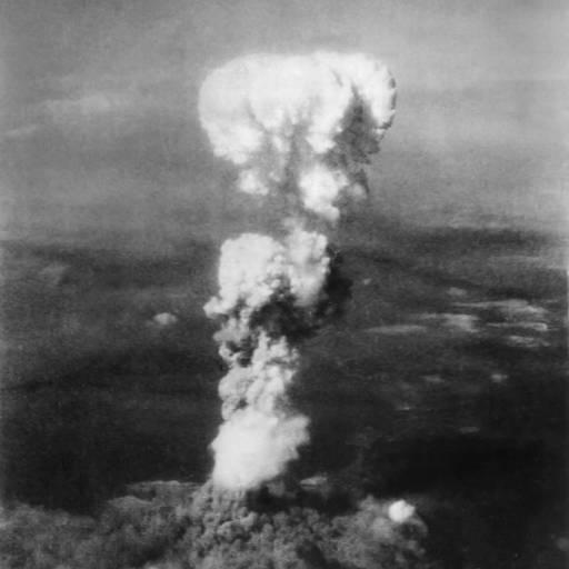 Foi lançada a bomba atómica sobre Hiroshima