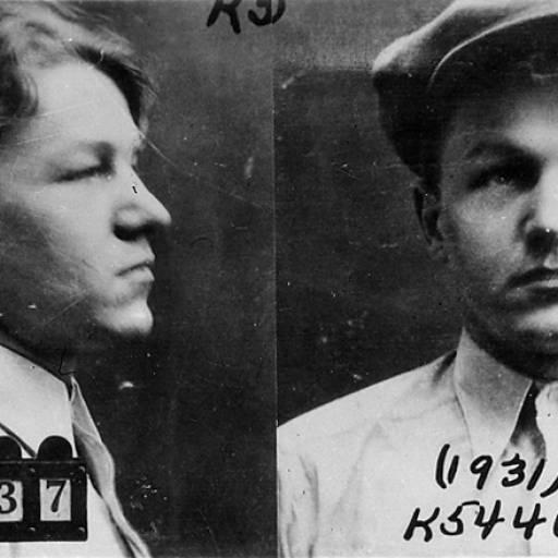 O famoso ladrão de bancos Baby Face Nelson foi morto nos Estados Unidos pelo FBI