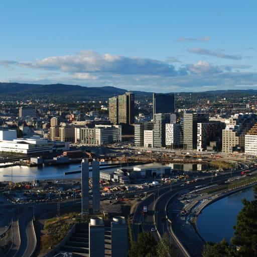 Noruega mudou o nome da capital, de Cristiania para Oslo