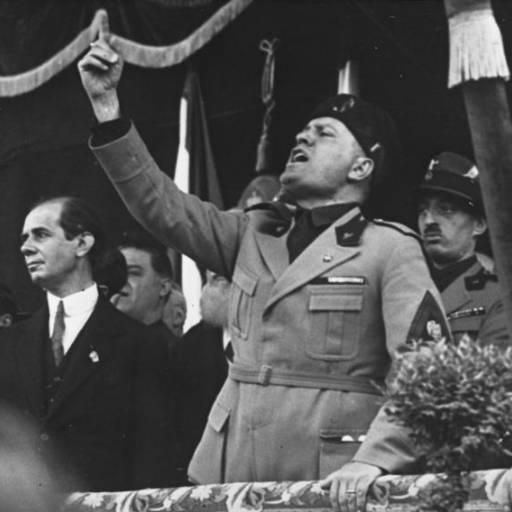 O cadáver de Mussolini foi encontrado em Pavía