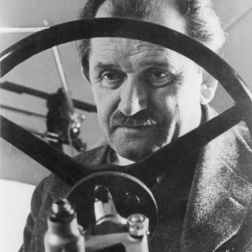 Nasceu Ferdinand Porsche