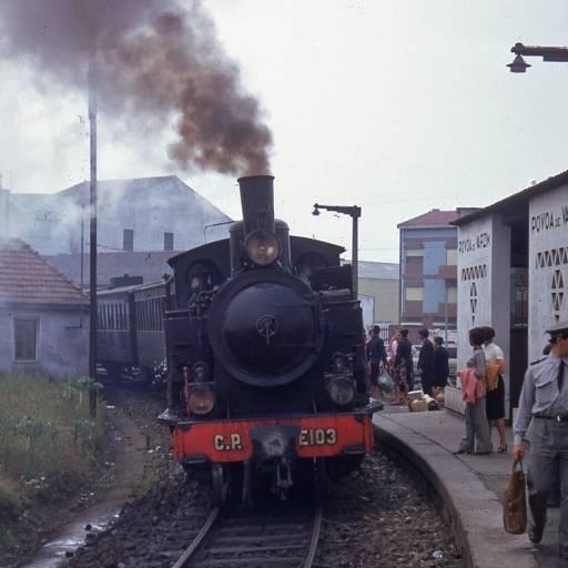 Foi inaugurada a via-férrea que liga a Póvoa de Varzim ao Porto
