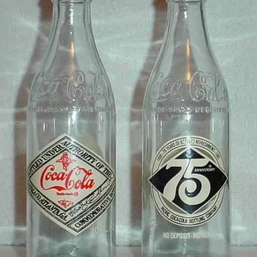 A Coca-Cola começou a ser vendida em garrafas pela primeira vez