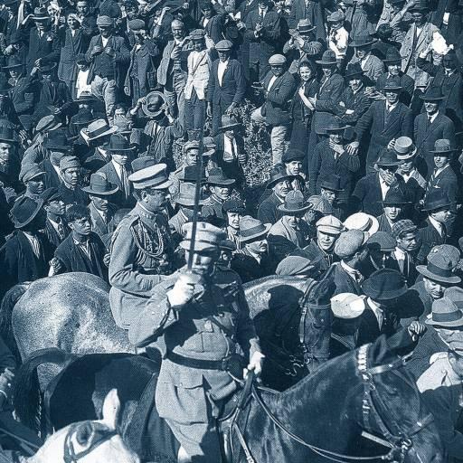 Deu-se a Revolução de Maio de 1926 que levou à queda da I República