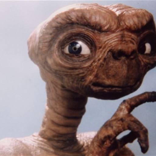 Estreou nos cinema E.T., o Extraterrestre