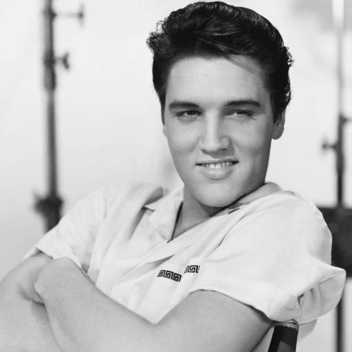 Elvis Presley assinou o seu primeiro contrato musical