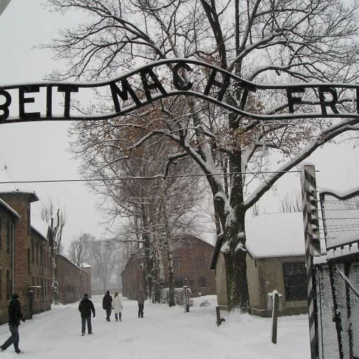 Foi encerrado o campo de concentração de Auschwitz-Birkenau
