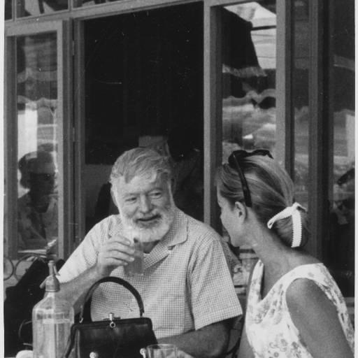 Faleceu o escritor Ernest Hemingway