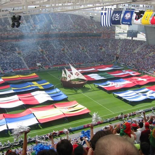 Começou o Campeonato Europeu de Futebol em Portugal