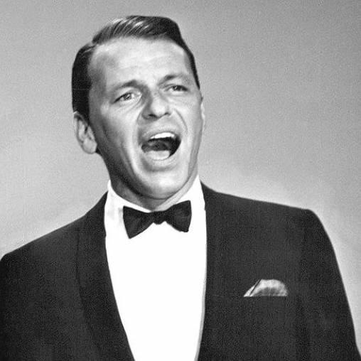 Frank Sinatra gerou uma onda de histeria em Nova Iorque