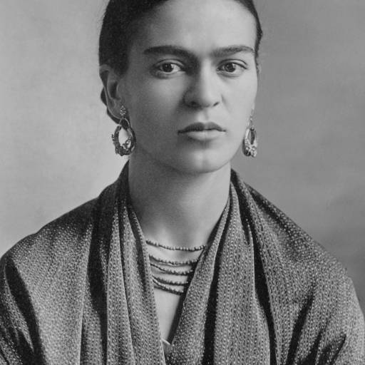 Nasceu a pintora Frida Kahlo