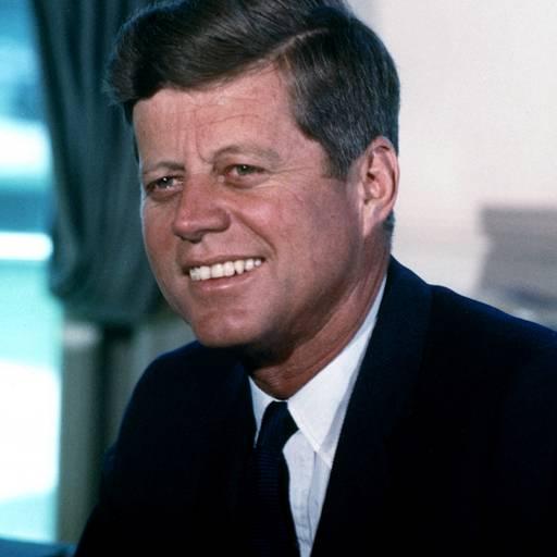 """John Kennedy autorizou a instalação do """"telefone vermelho"""""""