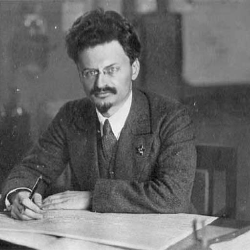 Leon Trotsky criou o Exército Vermelho soviético