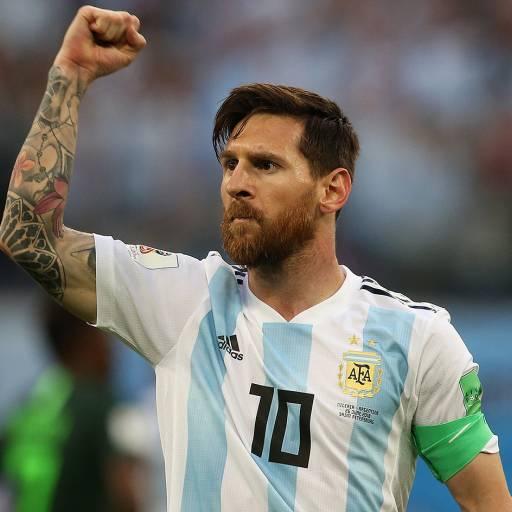 Nasceu o futebolista Lionel Messi