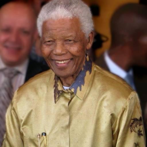 Nelson Mandela foi preso, acusado de organizar manifestações ilegais