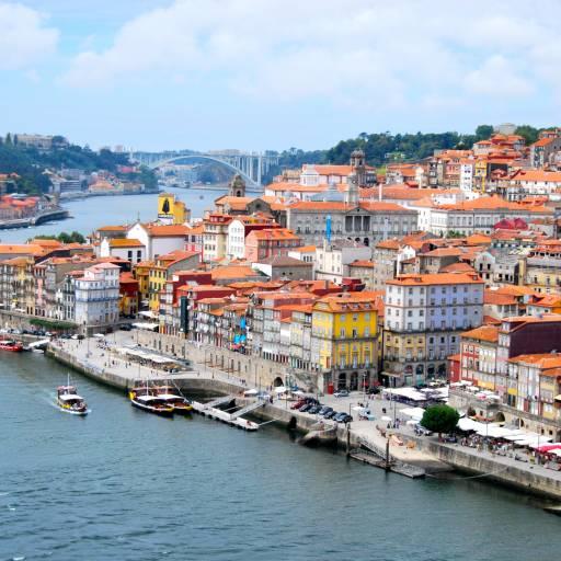 Foi atribuído Carta de Foral à cidade do Porto