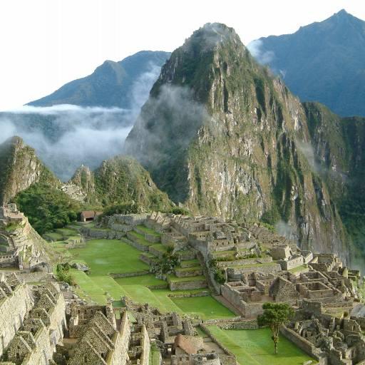 Hiram Bingham descobriu as ruínas da cidade sagrada dos Incas, Machu Picchu