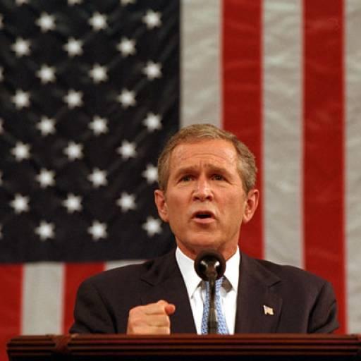 Nasceu o político George Bush
