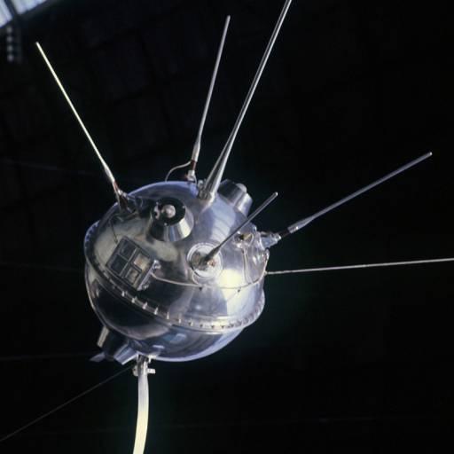 A missão espacial Luna-1 tornou-se a primeira a sair do campo gravitacional da Terra