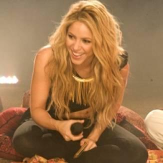 Nasceu a cantora Shakira