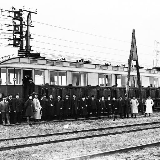 Foi testada uma locomotora Siemens que alcançou pela primeira vez na história os 200 km/h