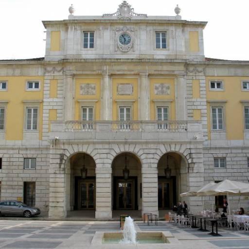 Foi inaugurado o Teatro Nacional de São Carlos, em Lisboa