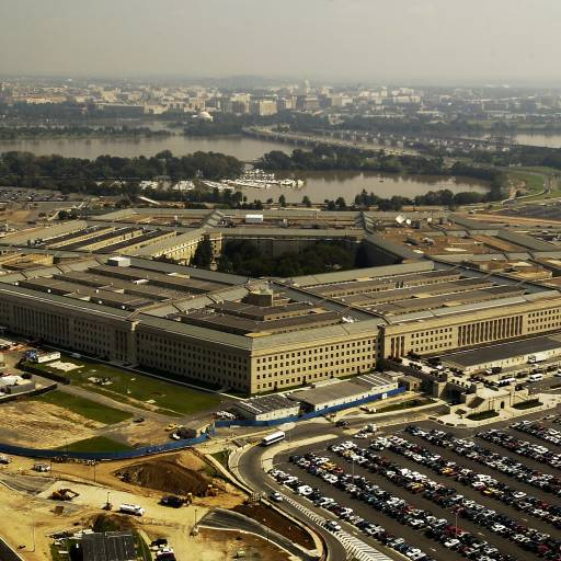 Seis mil computadores do Departamento de Defesa norte-americana foram atacados por um vírus