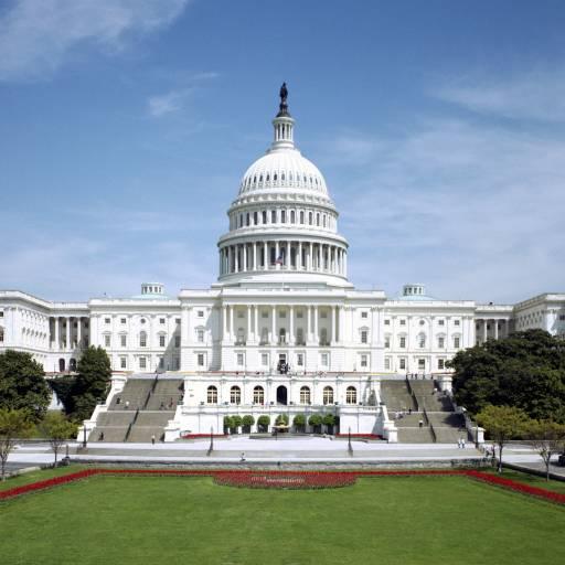 Deu-se início à construção do Capitólio em Washington