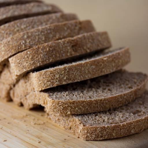 Foi colocado pela primeira vez à venda o pão fatiado