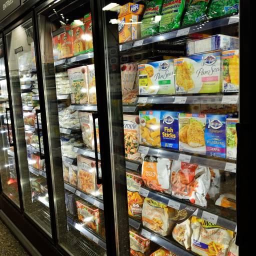 Foi vendido pela primeira vez alimentos congelados