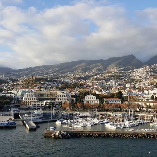 Funchal foi elevado a cidade