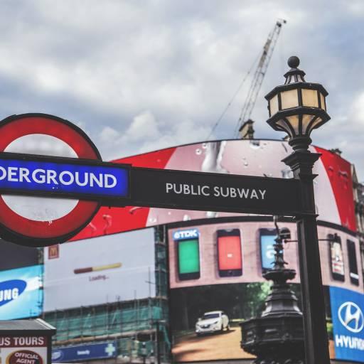Inauguração do Metro em Londres