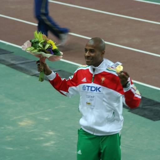 Nasceu o atleta Nelson Évora