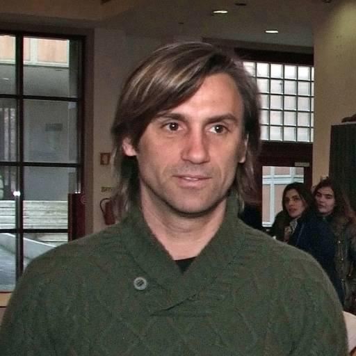 Nasceu o ex-jogador João Vieira Pinto
