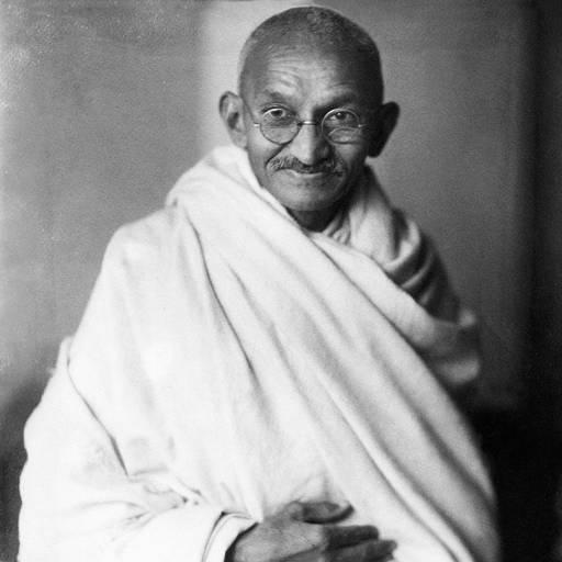 Nasceu o líder religioso e político, Mohandas Gandhi