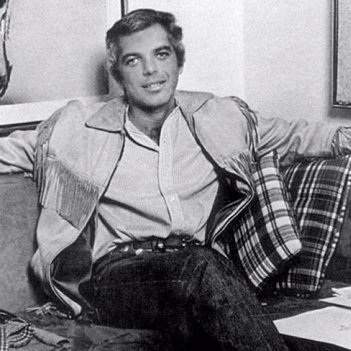Nasceu o estilista Ralph Lauren
